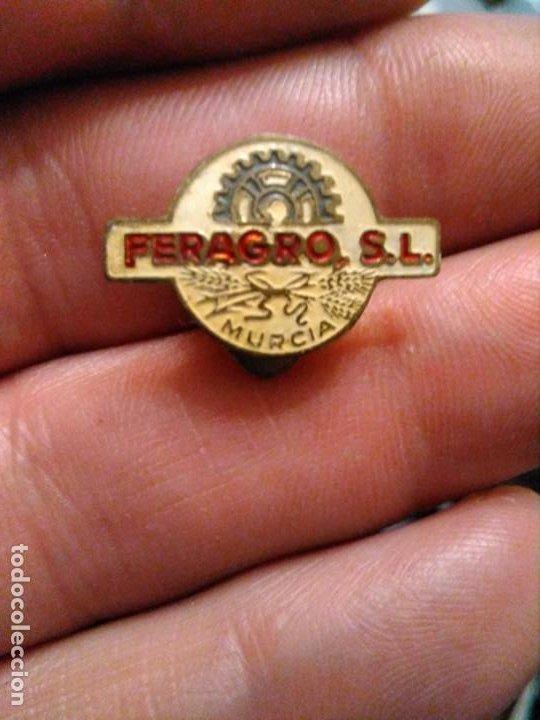 INSIGNIA MOTOR , AGRICULTURA FERAGRO S.L (MURCIA) (Coleccionismo - Pins)