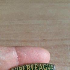 Pins de colección: PIN BILLAR - SUPERLEAGUE POOL. Lote 194354987