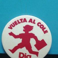 Pins de colección: PIN CHAPA, SUPERMERCADO DÍA VUELTA AL COLE. Lote 194357717