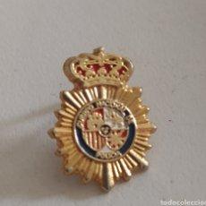 Pins de colección: INSIGNIA POLICÍA NACIONAL. Lote 194496288