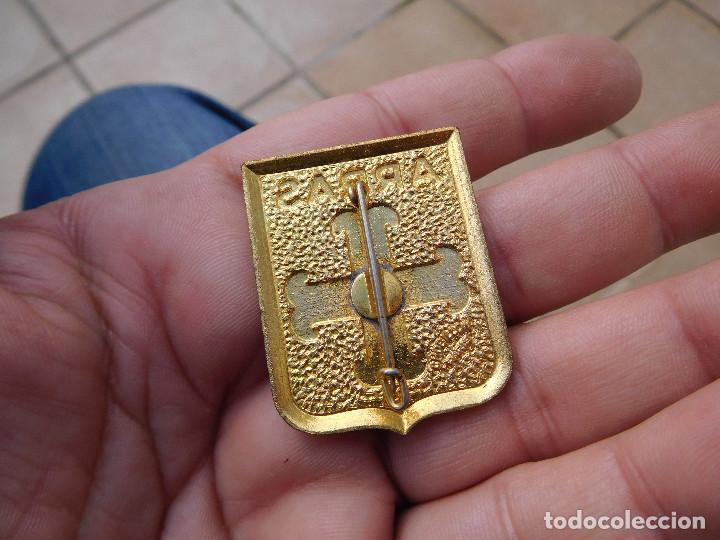 Pins de colección: Insignia antigua ARRAS - Foto 2 - 194519256