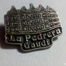 Pins de colección: PIN LA PEDRERA GAUDÍ. BARCELONA. Lote 194542558
