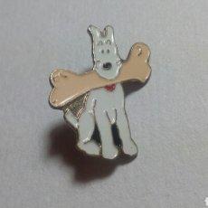 Pins de colección: CURIOSO PIN TINTÍN. Lote 194542571