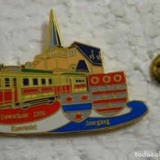 Pins de colección: PIN DE TRENES FERROCARRILES. LUXEMBURGO. ESTACIÓN DE FERROCARRILES UEWERKUER. Lote 194743460