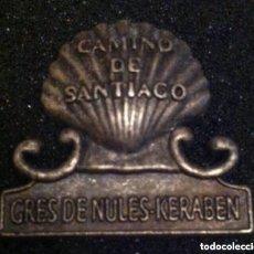 Pins de colección: ANTIGUO Y PRECIOSO PIN CAMINO DE SANTIAGO. Lote 194920207