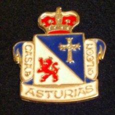 Pins de colección: PIN CASA DE ASTURIAS EN LEON. Lote 194948883