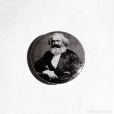 Pins de colección: KARL MARX - CHAPA 31MM (CON IMPERDIBLE). Lote 195058345