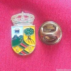 Pins de colección: PIN HERALDICO - ESCUDOS PUEBLOS DE ESPAÑA - MADRID - HOYOS DE MANZANARES. Lote 195060308