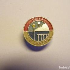 Pins de colección: INSIGNIA CUBANA AÑOS 70, RIO CRISTAL.. Lote 195060536