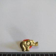 Pins de colección: PIN ELEFANTE DORADO LEER DESCRIPCIÓN. Lote 195109218
