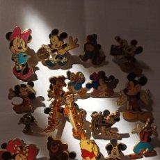 Pins de colección: GRAN LOTE DE PINS DESNEYLAND PARIS. Lote 195192635