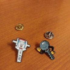 Pins de colección: PINS MUÑEQUITOS LLAVES MARCAS. Lote 195343602