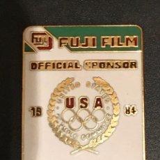 Pins de colección: PIN FUJI FILM JUEGOS OLIMPICOS LOS ANGELES 1984. Lote 195353253
