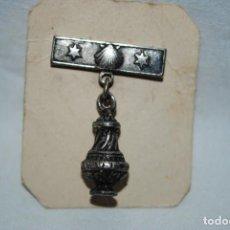 Pins de colección: COLGANTE RELIGIOSO EN FORMA DE BOTAFUMEIRO .. Lote 195407485