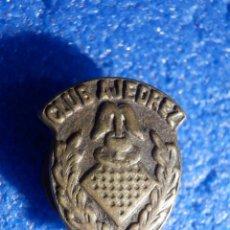 Pins de colección: INSIGNIA DE OJAL - CLUB DE AJEDREZ . Lote 195523501