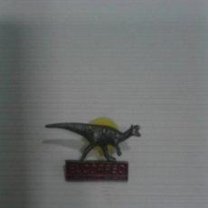 Pins de colección: PIN DINOSAURIO EL CORREO.. Lote 195554332