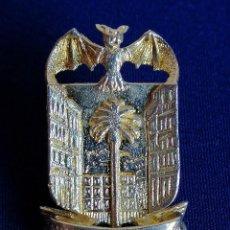 Pins de colección: INSIGNIA ASOCIACION DE VECINOS JERUSALEN- VALENCIA. Lote 195983036