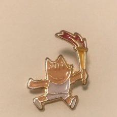 Pin's de collection: PIN COBI ANTORCHA - MASCOTA JUEGOS OLIMPICOS BARCELONA 1992. Lote 198395222
