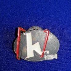 Pins de colección: PIN RADIO TELEVISION CANAL DE CINE HOLLYWOOD. Lote 198582125