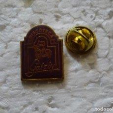 Pin's de collection: PIN DE DISCOTECAS CLUBS PUBS. DISCOTECA GATSBY TORREMOLINOS, MÁLAGA. Lote 198609095