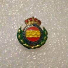 Spille di collezione: INSIGNIA FEDERACIÓN NACIONAL TIRO OLIMPICO. Lote 198731130