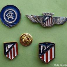 Pins de colección: PIN FÚTBOL - 4 PINES HISTORIA ESCUDO ATLÉTICO DE MADRID - CIERRE MARIPOSA. Lote 215309218