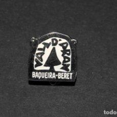 Pins de colección: PIN INSIGNIA DE IMPERDIBLE - BAQUEIRA BERET (VALL-D'ARAN). Lote 202282055
