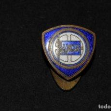 Pins de colección: PIN INSIGNIA DE SOLAPA ESMALTADA - LANCIA (COCHES). Lote 202283342