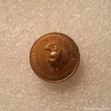 Pins de colección: INSIGNIA DE SOLAPA CONGRESO DE BELLAS ARTES, MADRID - MAYO MCMXLV (1945). LATÓN COBRIZO. . Lote 202388042