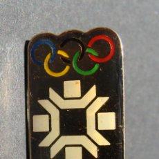 Pins de colección: PIN - COCA COLA - JUEGOS OLÍMPICOS - SARAJEVO 84. Lote 142229542
