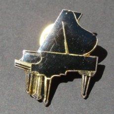 Pins de colección: PIN - PIANO NEGRO DE COLA. Lote 142987798