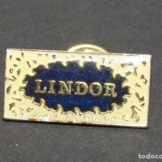 Pins de colección: PIN - LINDOR - CHOCOLATES Y BOMBONES. Lote 142989130