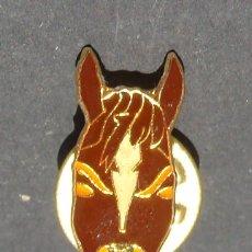 Pins de colección: PIN - CABEZA DE CABALLO - HÍPICA - EQUITACIÓN . Lote 143071634