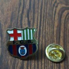 Spille di collezione: EST 15. C65. PIN. F. C. BARCELONA. Lote 203599327