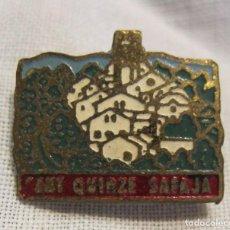 Pins de colección: PIN AGUJA RECUERDO SANT QUIRZE SAFAJA. 1,6 X 1 CM. METAL Y ESMALTE. Lote 205522241