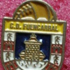 Pins de colección: PIN FÚTBOL ESCUDO C. D FUENCARRAL. Lote 206190515