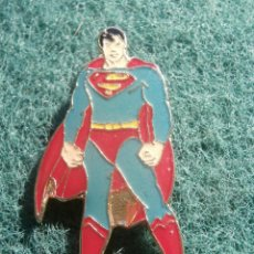 Pins de colección: PIN PERSONAJE DIBUJOS ANIMADOS Y CARICATURAS - SUPERMAN. Lote 206245006