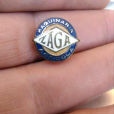 Pins de colección: INSIGNIA MOTOR , MAQUINARIA AGRICOLA ZAGA. Lote 206254011