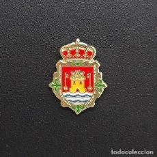 Pins de colección: PIN ESCUDO VALENCIA DE ALCÁNTARA (CÁCERES). Lote 206300398