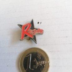 Pins de colección: PIN POLÍTICO RESISTE. Lote 206462658