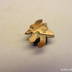 Pins de colección: INSIGNIA DE TRACTORES MASEY FERGUSON, Nº 2. Lote 207245005