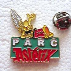 Pins de colección: PIN DE DIBUJOS ANIMADOS COMICS TEBEOS. ASTERIX Y OBÉLIX. PARQUE ATRACCIONES PARIS PARC ASTERIX. Lote 262853260