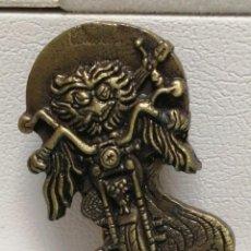 Pins de colección: PIN MOTEROS ROCK MOTOS 2001. Lote 210440222