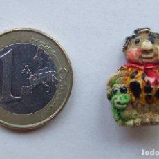 Pins de colección: FIGURITA RESINA PIN PEDRO PICAPIEDRA Y DINO. Lote 210636727