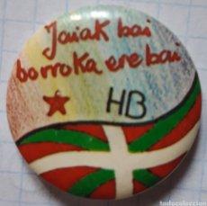 Pins de colección: CHAPA HERRI BATASUNA. Lote 211424356