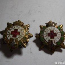 Pins de colección: MAGNIFICOS DOS PINS ANTIGUOS ESMALTADOS ASAMBLEA LOCAL CRUZ ROJA. Lote 212011248