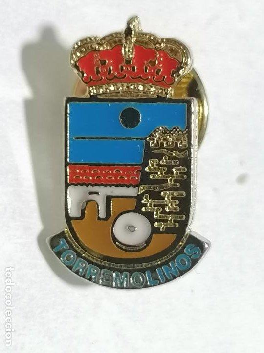 PIN TORREMOLINOS (Coleccionismo - Pins)