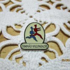 Pins de colección: PIN GIMNAS VALLPARADIS. Lote 215772651