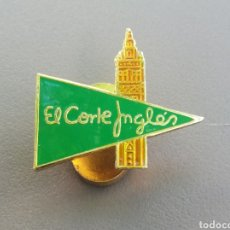Pins de colección: INSIGNIA OJAL EL CORTE INGLES SEVILLA EMPLEADO. Lote 215793208