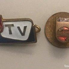 Pin's de collection: LOTE 2 INSIGNIA PIN TELEVISIÓN Y RADIO PHILIPS. Lote 218685995